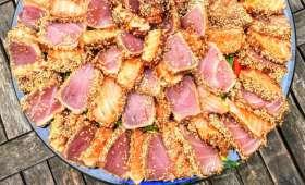 Saumon et thon mi-cuits en teriyaki sur lit de spaghetti de courgettes