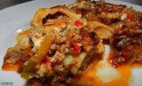 Cannellonis fourrés de haché et sa petite sauce poivrons
