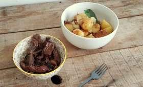 Hampe de bœuf sauce soja et échalotes et pommes de terre à la chapelure