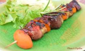 Brochettes de canard aux abricots