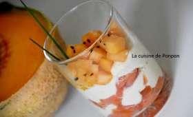 Verrine au saumon fumé, melon et crème d'artichaut