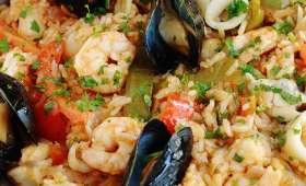 Riz aux fruits de mer et légumes