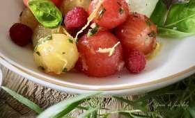 Salade de tomates-framboises à la faisselle