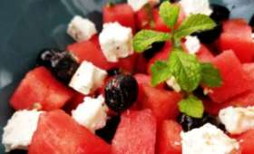 Salade pastèque, feta, olives et menthe
