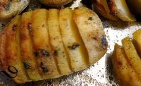 Pommes de terre en éventail