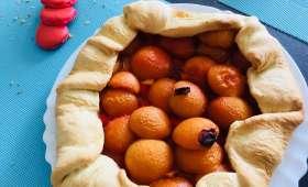 Tarte rustique aux abricots et brisures de macarons