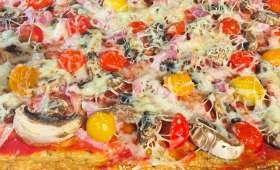 Pizza et sa pâte au chou-fleur sans farine
