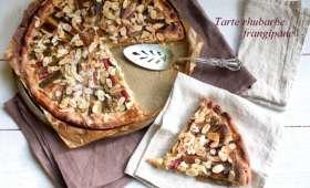 Tarte à la rhubarbe et frangipane