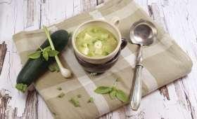 Soupe froide de courgettes à la tomme de l'ubaye