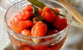 Fraises en gelée de verveine et sucre coco
