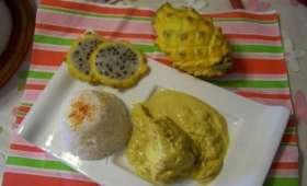 Saumonette au massalé , curcuma et lait de coco accompagné d'une pitaya et d'un riz parfumé