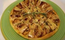 Tarte au camembert, miel de châtaignier et aux pommes
