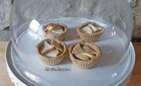 Tartelettes pommes, amandes et caramel