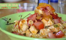 Dinde au paprika, poivrons et tomates bio