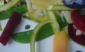 Ravioles terre et mer en tartare de maigre, huile de cacahuètes et pesto à la coriandre