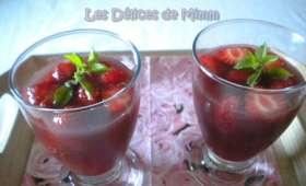 Sangria aux fruits rouges sans alcool