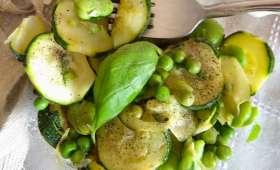 Salade de courgettes, fèves et petits pois
