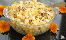 Salade d'endives aux pommes, noix et gruyère
