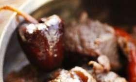 Civet de marcassin confit aux piments