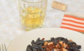 Pâtes à l'encre de seiche, Poulpe et pépites de Chorizo