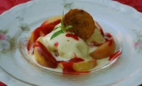 Coupe glacée, inspiration Melba, arlettes à la menthe