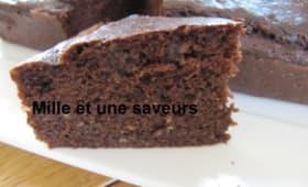 Gâteau moelleux au soja, chocolat et noisettes