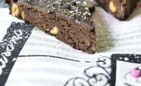 Brownie healthy chocolat et cacahuètes