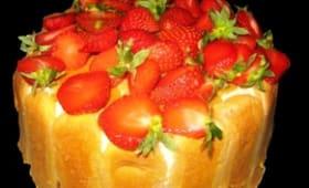 Charlotte aux fraises, mousse à la vanille et au mascarpone