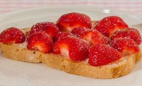Tartine gourmande de fraises