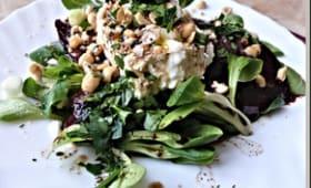 Salade de betterave cuite au four, ricotta et fines herbes