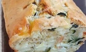 Cake de courgettes au Camembert & amandes
