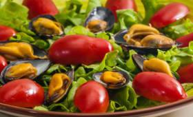 Salade de moules aux salicornes et tomates cerises