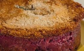 Gâteau aux cassis, framboises et blancs d'oeufs