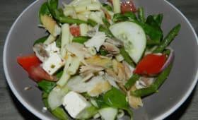 Salade de blé aux pâtes et maquereau fumé