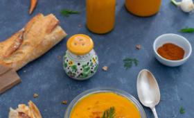 Gaspacho de légumes crus : carotte, courgette, poivron