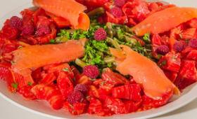 Salade de haricots verts, tomates et trute fumée
