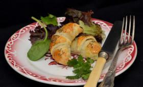 Croissants farcis aux fromages et herbe