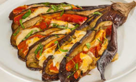 Eventail d'aubergine tomate mozzarella