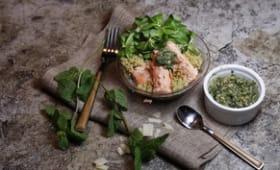 Salade de quinoa au saumon et pesto de menthe