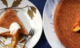Gâteau noisettes au beurre noisettes, coings à l'huile d'olive et au miel