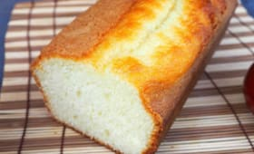 Cake au Yaourt de Brebis