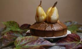 Gâteau d'épices et poires au caramel