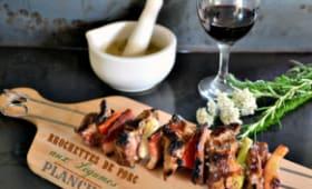 Brochettes de porc aux légumes