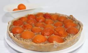Tarte amandine aux abricots du valais