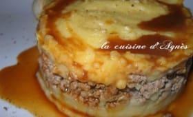 Parmentier d'agneau au fromage d'époisses sauce à l'ail