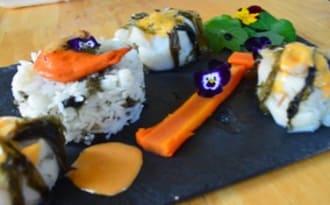 Filet de flétan parfumé à la pimprenelle, riz au nori sauce corail