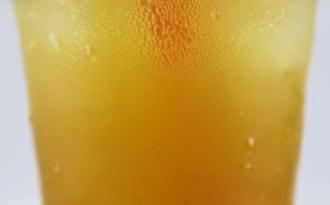 Orangeade maison, une boisson rafraîchissante naturelle