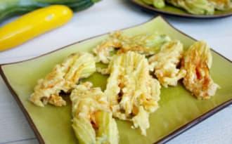 Beignets de fleurs de courgettes en tempura