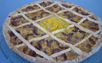 Tarte prunes rouges, orange, cannelle