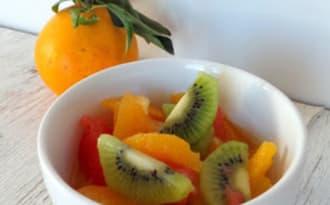 Salade d'oranges, pomelos, kiwis à la fleur d'oranger